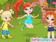 Девочки решили попрыгать на скакалке
